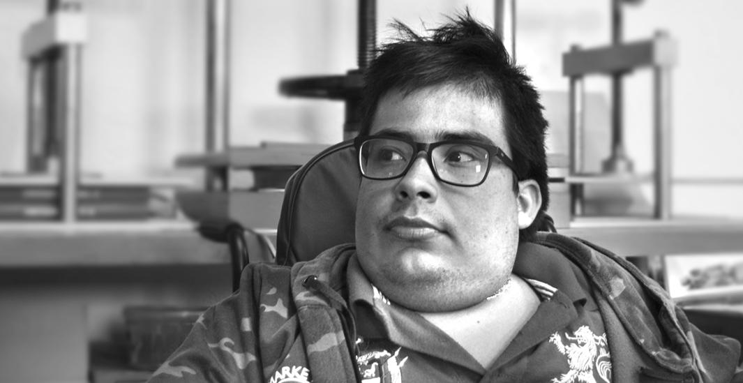 Miguel, miembro del equipo de entintado de Picogordo